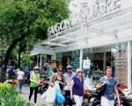 Thu nhiều hàng hiệu 'không xuất xứ' tại chợ Bến Thành và Saigon Square