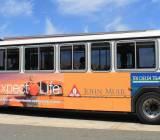 Quảng cáo trên xe buýt TP.HCM, cục xương khó gặm!