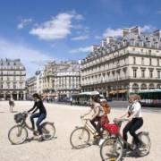Paris biến 2017 thành 'năm xe đạp'