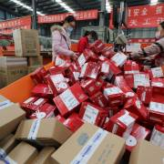 Doanh nghiệp khốn đốn vì hàng giả trên Alibaba