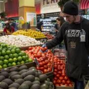 Whole Foods không đáng để Walmart lo ngại