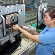 Sản xuất tivi, sắt thép, vải dệt tăng cao