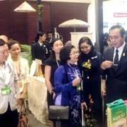 Thủ tướng Thái Lan: 'Đây là gạo sạch Việt Nam à?'