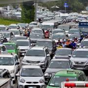 Thủ tướng yêu cầu TP.HCM nghiên cứu kỹ đề xuất thu phí ôtô