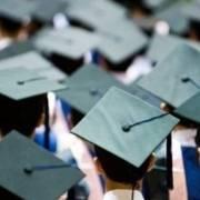 Tỷ lệ thất nghiệp nhóm có trình độ đại học trở lên đột ngột tăng cao