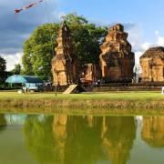 Độc đáo đền 'đa đoan' Sikhoraphum xưa