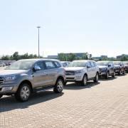 Ôtô tiếp tục tăng giá