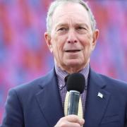 Tỷ phú Bloomberg chuyển diễn đàn dành cho giới tinh hoa sang Singapore