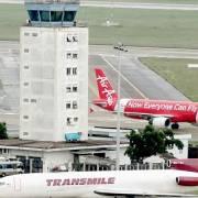 Mở rộng sân bay Tân Sơn Nhất, 'vẫn bàn tới bàn lui'