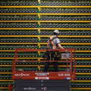 Cryptojacking làm máy tính của bạn lặng lẽ khai thác bitcoin cho người khác