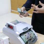 Ngân hàng Nhà nước tiếp tục đưa ra lượng tiền lớn