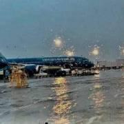 Hình ảnh sân bay Tân Sơn Nhất ngập nước là 'ảnh fake'