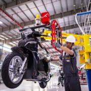 Ai mua xe máy điện giá 21 triệu đồng?