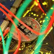Bitcoin tiếp tục mất giá thảm hại