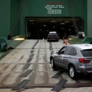 Trung Quốc tuyên bố xóa thuế quan trả đũa đối với xe hơi nhập từ Mỹ