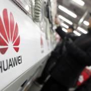 Huawei tiếp tục đối diện khó khăn ở châu Âu