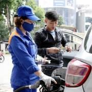 Đủ nguồn cung xăng dầu phục vụ sản xuất và tiêu dùng