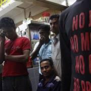Cuộc sống khốn khó và đói ăn của lao động nhập cư ở Singapore