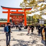 Khách du lịch ngày càng chi tiêu hào phóng khi đến Nhật Bản