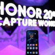 Huawei kịp xuất xưởng hơn 100 triệu smartphone trước khi có lệnh cấm của Mỹ
