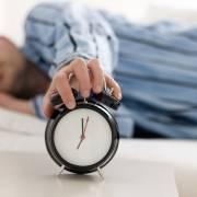 Ngủ thất thường làm tăng nguy cơ bệnh tật