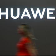 Ông Trump lại tuyên bố không muốn làm ăn với Huawei