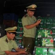 Thu giữ lượng lớn bia Heineken và sữa Ensure không rõ nguồn gốc