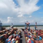 Nửa đầu tháng 7, Việt Nam nhập siêu 678 triệu USD