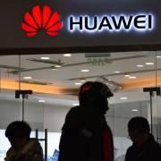 Mỹ có thể hoãn cấp phép cho doanh nghiệp làm ăn với Huawei