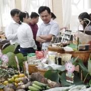 Để làm ăn chính ngạch với thị trường Trung Quốc