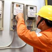 VCCI: Không nên đóng dấu mật với giá điện, xăng
