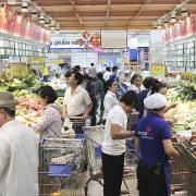 'Bẫy tiêu dùng trung bình' (Kỳ 1): Cao cấp hóa – theo xu hướng hay giá trị?