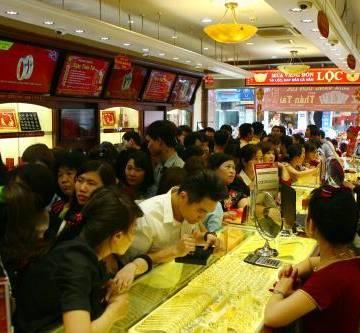 Bảo Tín Minh Châu xin lỗi khách hàng vụ mua vàng thiếu lượng