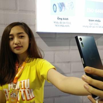 Smartphone Xperia XZ xuất hiện tại Sony Show 2016