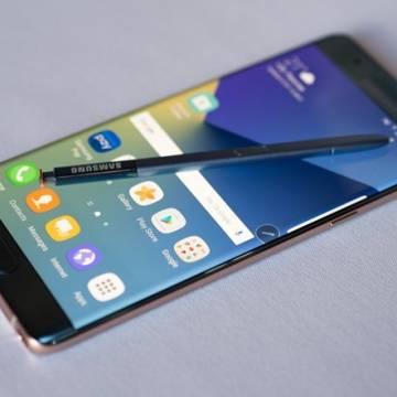 Samsung thừa nhận điện thoại Galaxy Note 7 thay thế vẫn bị nóng