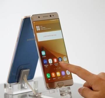 Thị trường smartphone tháng 9, phép thử mùa cuối năm