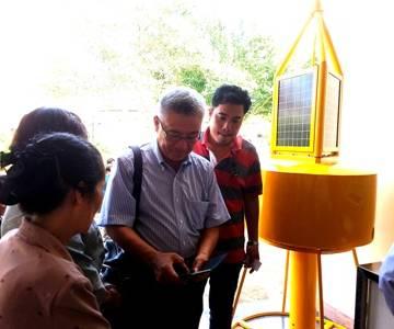 TS Nguyễn Thanh Mỹ giới thiệu trạm quan trắc nước mặn bằng phao ứng dụng IoT
