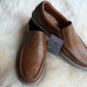 Giày da Việt Á, uy tín – chất lượng là hàng đầu