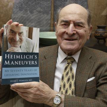 Thủ thuật Heimlich cứu sống hàng triệu người