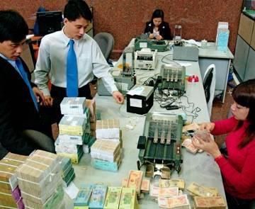 Tính phương án phá sản ngân hàng yếu kém