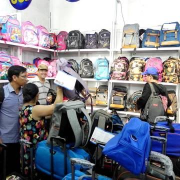 Đến hội chợ HVNCLC Đồng Nai 2017 sắm đồ cho năm học mới