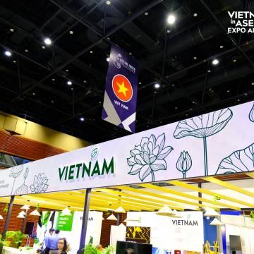 Hội chợ quốc tế thương mại ASEAN – Ấn Độ chính thức mở cửa đón khách