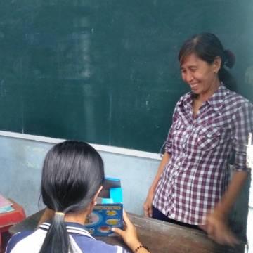 Bà giáo Huỳnh Thị Tươi: người giữ ánh trăng cho tuổi thơ
