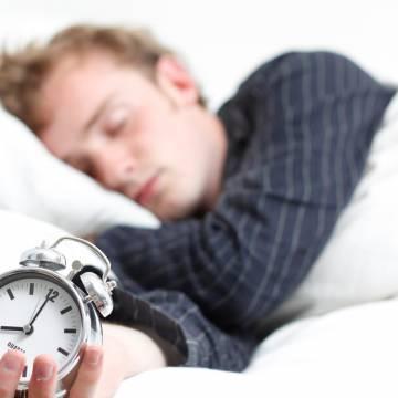 Người ngủ nhiều, nguy cơ tử vong và mắc bệnh tim mạch tăng 41%