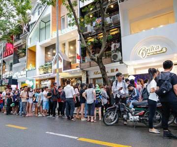 Người Sài Gòn dành 270.000 đồng ăn vặt mỗi tháng