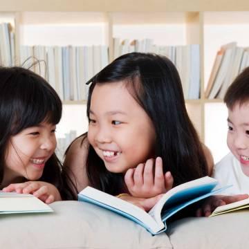 Đọc sách và quyền được 'yếu kém'