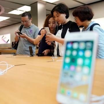 iPhone ế vì hàng Mỹ bị người Trung Quốc tẩy chay?