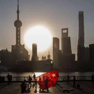 Trung Quốc tung loạt biện pháp cứu thị trường chứng khoán