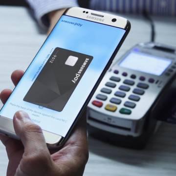 Cuộc chiến ngân hàng và công ty công nghệ