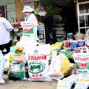 Thâm hụt thương mại vật tư nông nghiệp